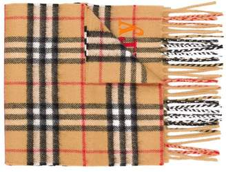 Burberry The Mini Classic Cashmere Scarf with Archive Logo