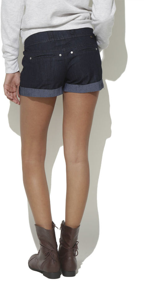 Wet Seal 3 Button High Rise Short