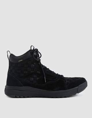 Vans Vault By UltraRange Hi Gore-Tex MTE Sneaker in Checkerboard Black