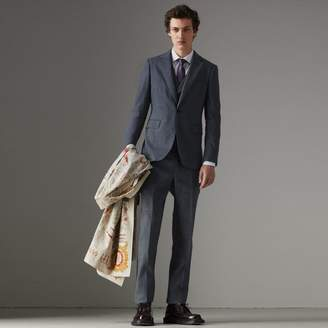 Burberry Soho Fit Linen Wool Three-piece Suit