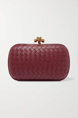 Bottega Veneta Chain Knot Intrecciato Leather Clutch - Burgundy