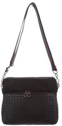 Bottega Veneta Intrecciato-Trimmed Messenger Bag