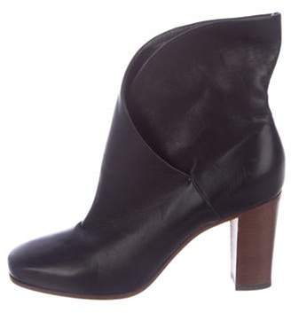 Celine Leather Round-Toe Ankle Boots Black Leather Round-Toe Ankle Boots