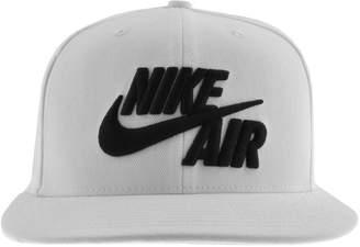 Nike Classic True Snapback Cap White 347fef018e5