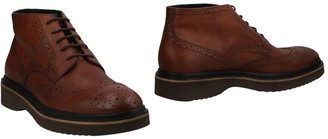 Harmont & Blaine Ankle boots