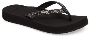 Women's Reef Star Cushion Flip Flop $33.95 thestylecure.com