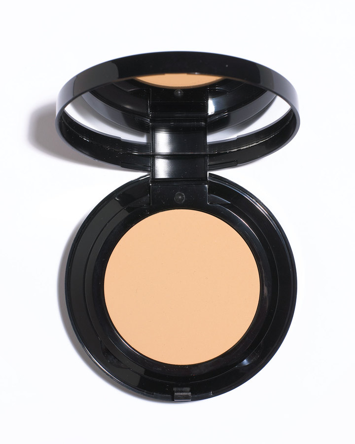 Bobbi Brown Moisturizing Cream Compact Foundation
