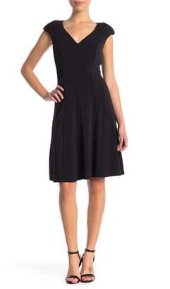 London Times Jersey V-Neck Dress (Petite)