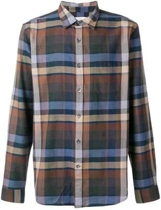 Closed checked shirt