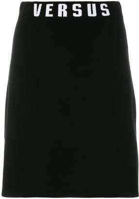 Versus fitted logo skirt