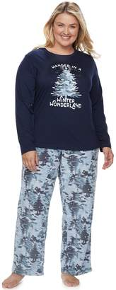 """Plus Size Jammies For Your Families Holiday Camouflage """"Wander in a Winter Wonderland"""" Top & Microfleece Bottoms Pajama Set"""