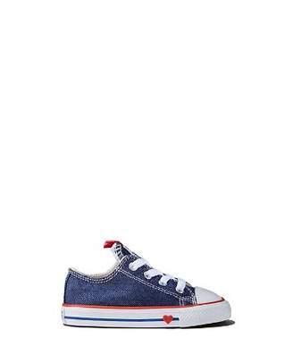 Converse Unisex Heart Chuck Taylor Sneaker - Walker, Toddler