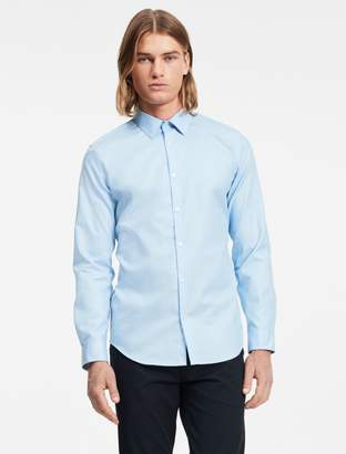 Calvin Klein slim fit infinite cool non-iron chambray twill shirt