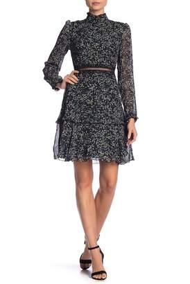 Donna Morgan Crinkle Long Sleeve Print Dress