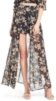 Women's Leith Floral Print Shorts $65 thestylecure.com
