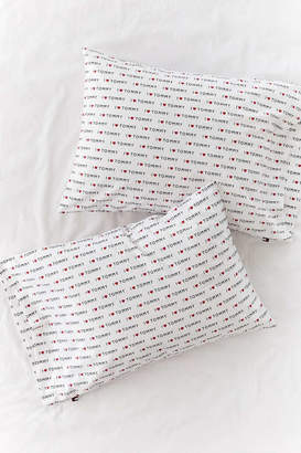 Tommy Hilfiger UO Exclusive Heart Pillowcase Set