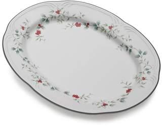 Pfaltzgraff Winterberry 14-in. Oval Serving Platter