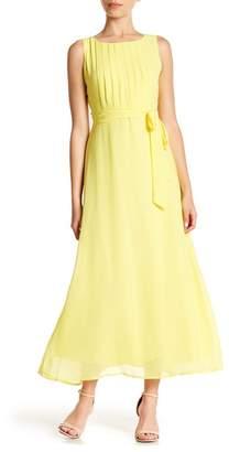 Sharagano Sleeveless Pleated Maxi Dress (Petite)