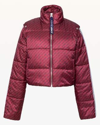 Juicy Couture JXJC Repeat Juicy Snap Off Sleeve Puffer Jacket