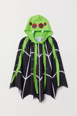 H&M Fancy dress cape