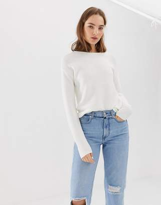 B.young round neck sweater