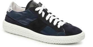 O.x.s. Woobie Sneaker - Women's