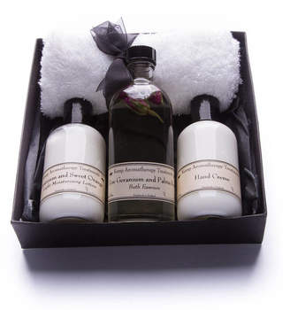 Kemp Aromatherapy Treatments Aromatherapy Bath Essence, Lotions Or Spritzer Gift Box