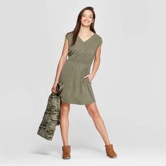 685d7816b792c  20  24.99 Universal Thread Women s Short Sleeve V-Neck Cinched Waist Dress