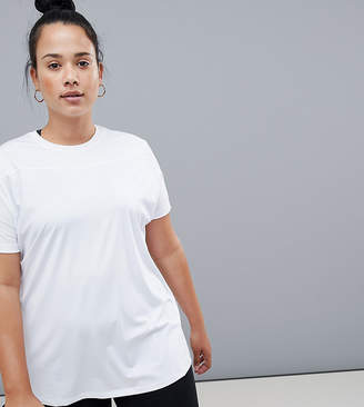 Asos 4505 Curve training t-shirt in loose fit