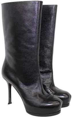 Saint Laurent Trib Too leather boots