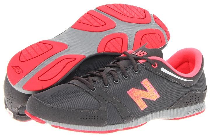 New Balance Classics - WL771 (Castle Rock) - Footwear