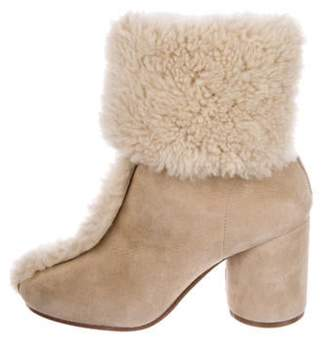 Maison Margiela Shearling-Trimmed Suede Ankle Boots w/ Tags Beige Shearling-Trimmed Suede Ankle Boots w/ Tags