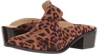 Chinese Laundry Marnie - Zappos Exclusive Women's Slip on Shoes
