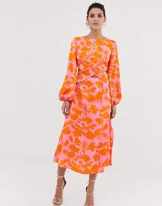 2d675a9d480 Asos Design DESIGN wrap front midi dress with cutout in floral print