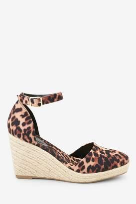 7729ac2effc Closed Toe Wedge Shoes - ShopStyle UK