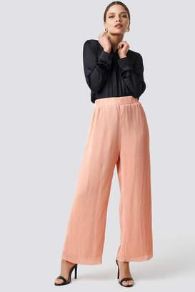 Glamorous High Waist Wide Trousers Peach Plisse