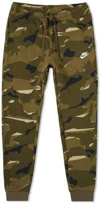 Nike Club Camo Sweat Pant