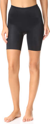 Spanx Power Conceal-Her Mid Shorts
