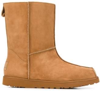 UGG M Block boots