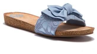 Fergalicious Mallory Knot Slide Sandal