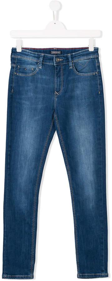 Tommy Hilfiger Junior Skinny-Jeans mit Logo-Stickerei