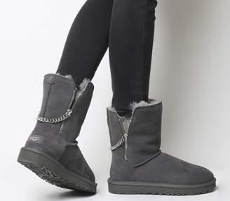 b40e4ac20c3 Ugg Zip Boots - ShopStyle UK