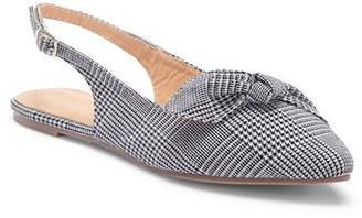 Chloé Chase & Slingback Pointed Toe Flat