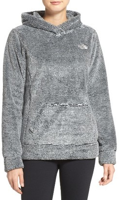 Women's The North Face 'Osito' Fleece Hoodie $99 thestylecure.com