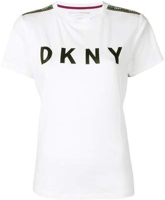 DKNY (ディー ケー エヌワイ) - DKNY ロゴ Tシャツ