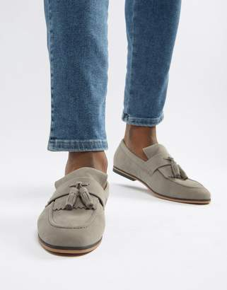 Asos Design DESIGN loafers in gray faux suede with fringe