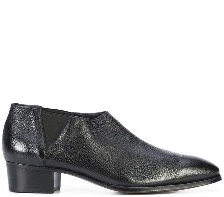 Gravati low ankle boots