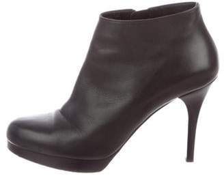 Balenciaga Leather Round-Toe Ankle Boots Leather Round-Toe Ankle Boots