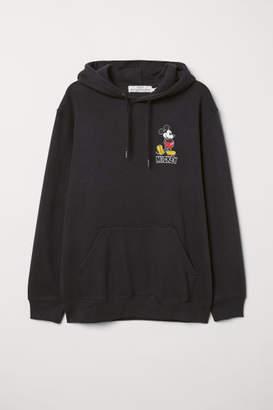 H&M Hooded Sweatshirt with Motif - Black