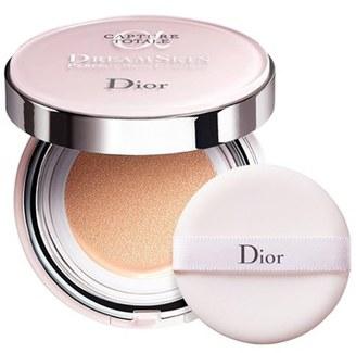 Dior Capture Totale Dreamskin Perfect Skin Cushion Broad Spectrum Spf 50 - 010 $82 thestylecure.com
